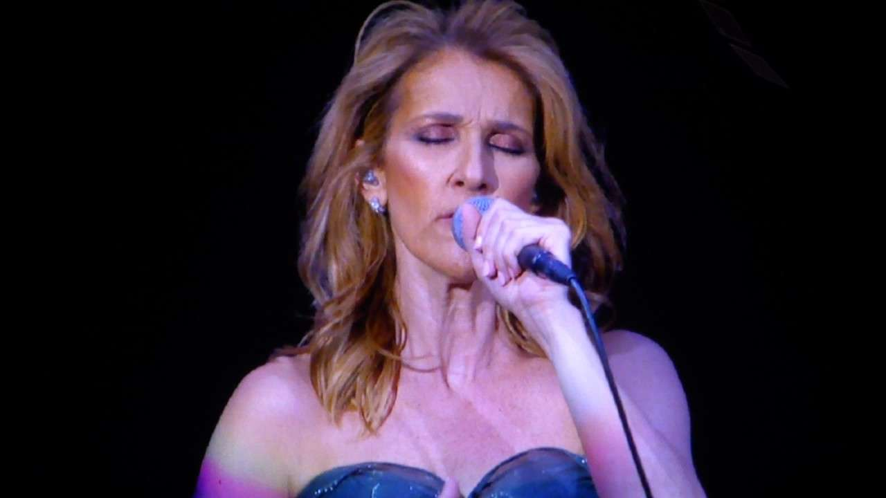 Céline Dion - My Heart Will Go On live Berlin Mercedes Benz Arena 23.07.2017 - YouTube