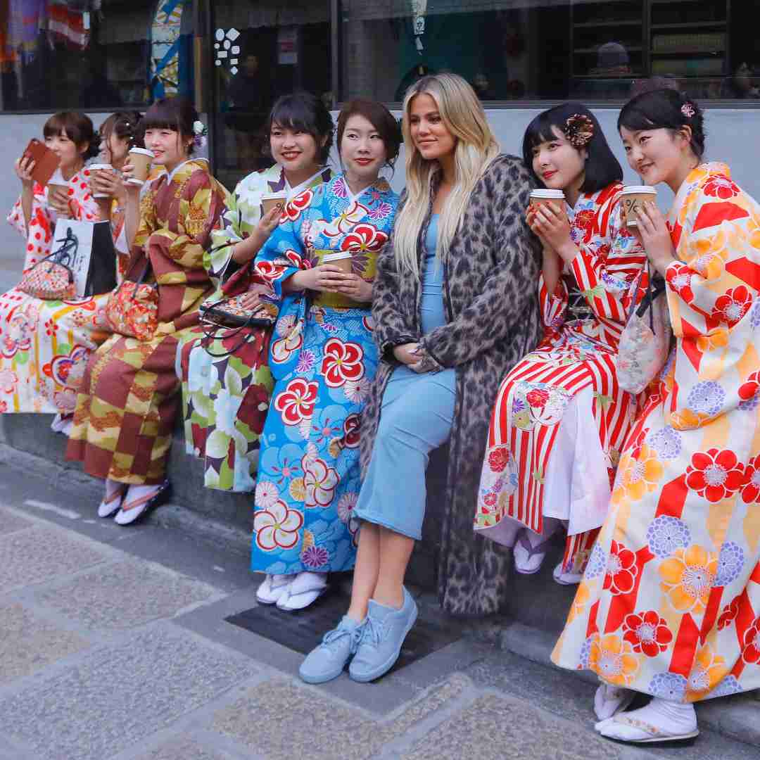 クロエ・カーダシアン、赤ちゃんは「女の子」と発表 日本訪問への批判の声に反撃も
