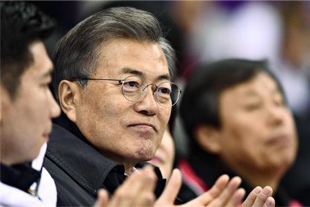 慰安婦問題「『終わった』と言うな」=文大統領、竹島でも対日批判―日韓合意を否定 (時事通信) - Yahoo!ニュース