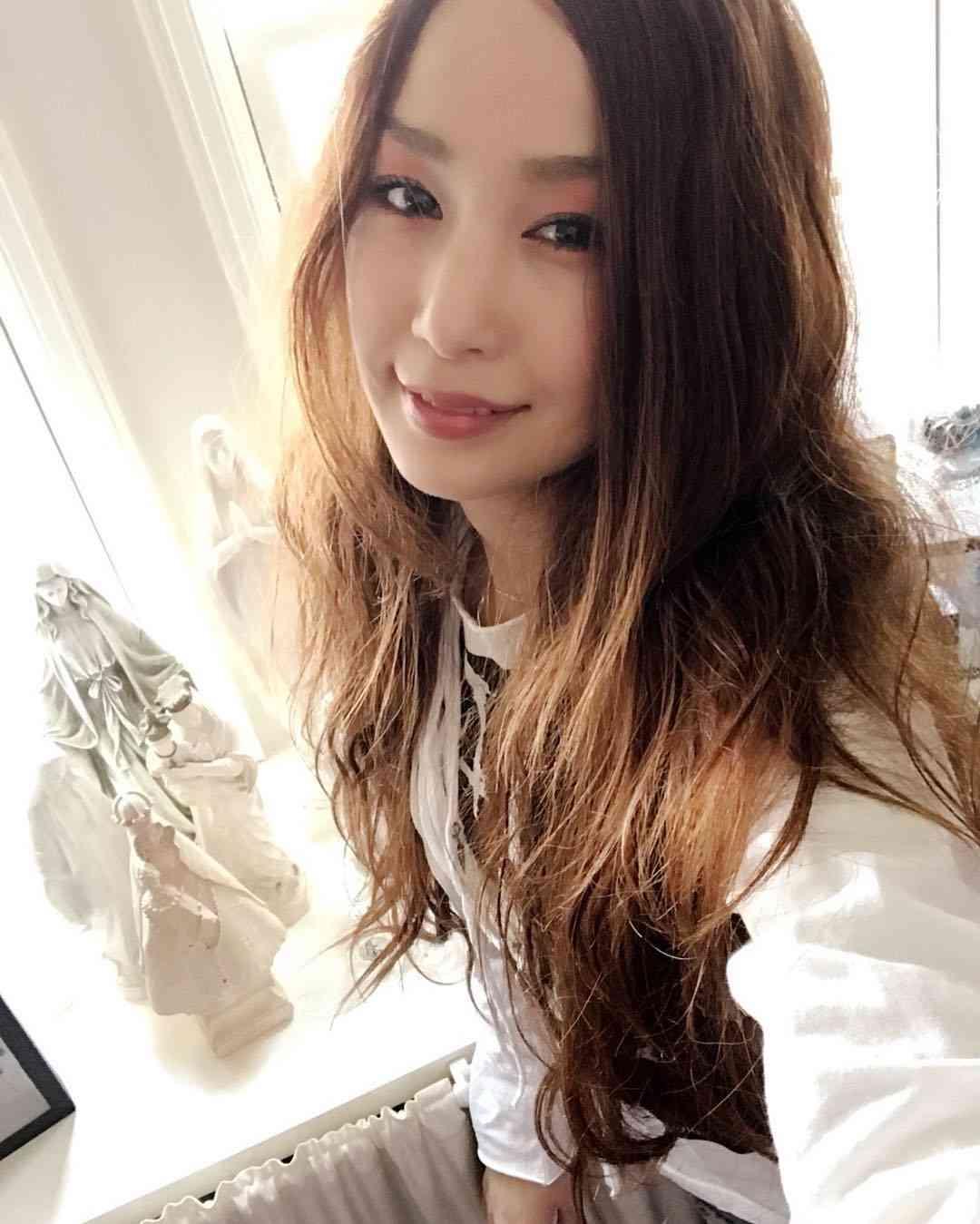 中島美嘉、久々の茶髪に絶賛の声「ただただ可愛い」「女神のよう」