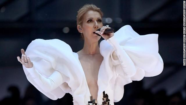 セリーヌ・ディオン、ラスベガス公演延期 耳の症状で「歌唱困難」