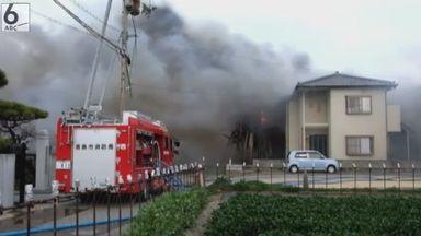 徳島の3人死傷火災、火遊びか 男児2人に事情聴く