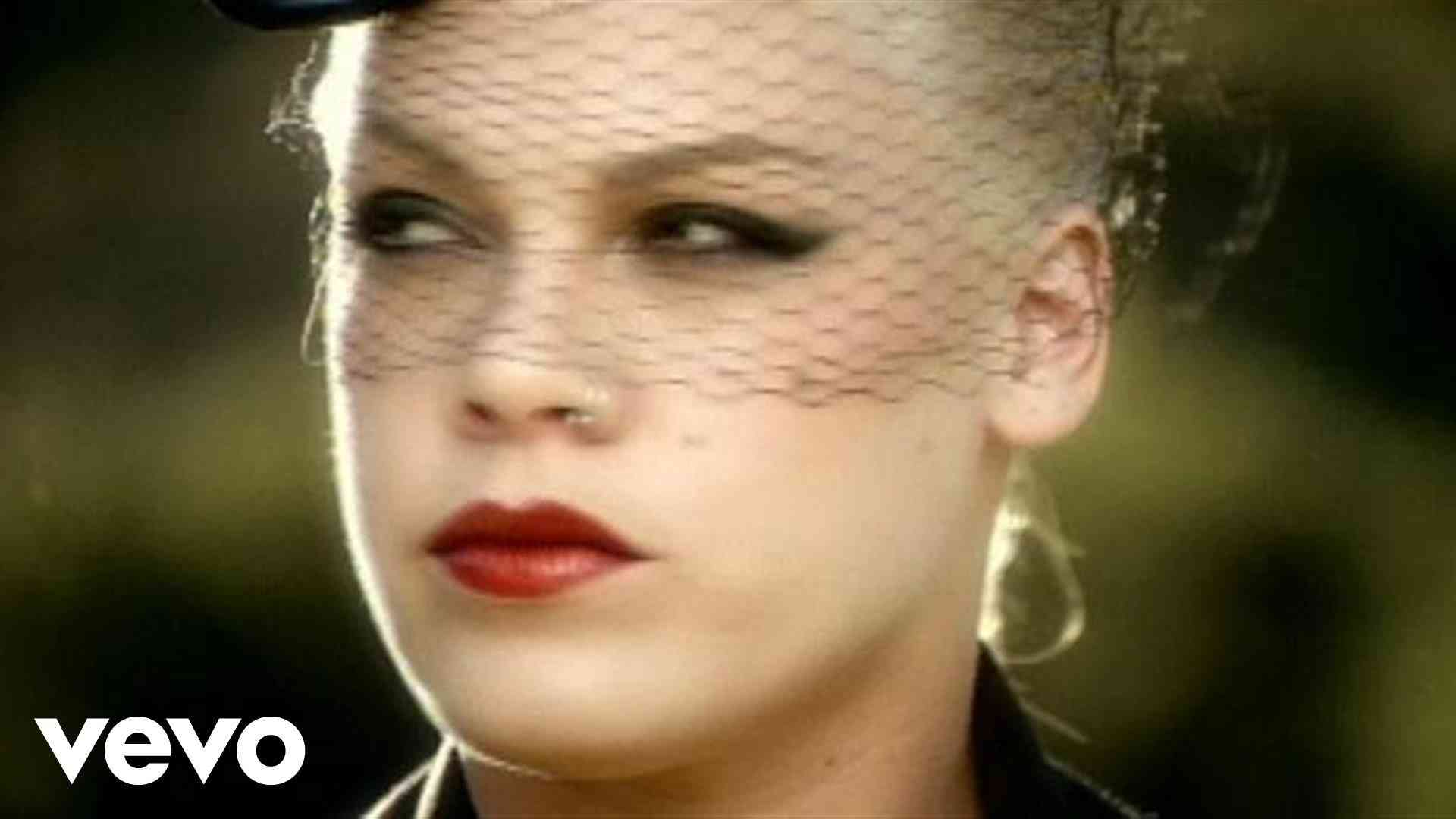 P!nk - Trouble (Video) - YouTube