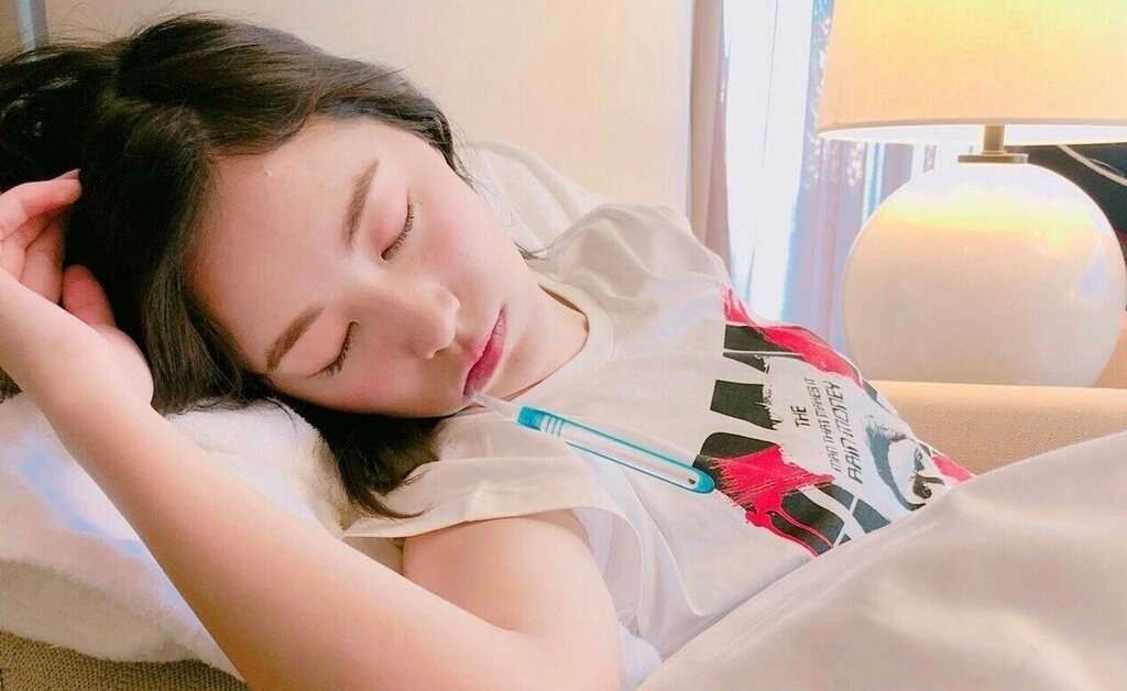 """SKE48松井珠理奈の""""寝落ち""""ショットが可愛すぎ「癒やされた」「天使の寝顔」と反響"""