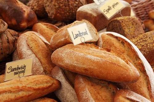 フランスのパン屋が「週に一度も休みなしで営業した罪」で罰金を科せられる