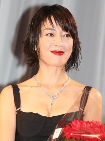 V6森田剛と宮沢りえが結婚 交際1年半でゴールイン 封書でファンに報告 (スポニチアネックス) - Yahoo!ニュース