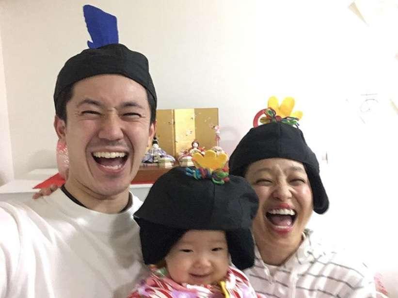 【エンタがビタミン♪】森渉・金田朋子夫妻、愛娘の初節句も被り物で 「見ているだけで幸せになれる家族」憧れの声も | Techinsight(テックインサイト)|海外セレブ、国内エンタメのオンリーワンをお届けするニュースサイト