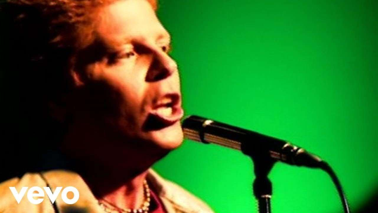 The Offspring - Pretty Fly (For A White Guy) - YouTube