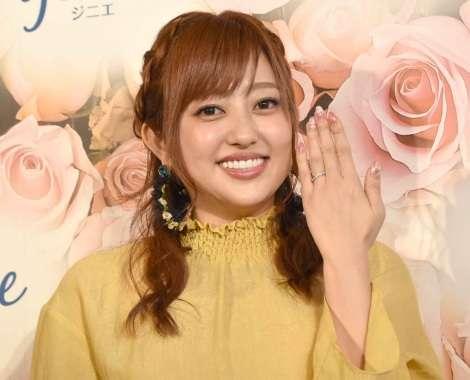 菊地亜美、遠距離の新婚生活も「大変とかはない」 年内挙式に向け準備着々