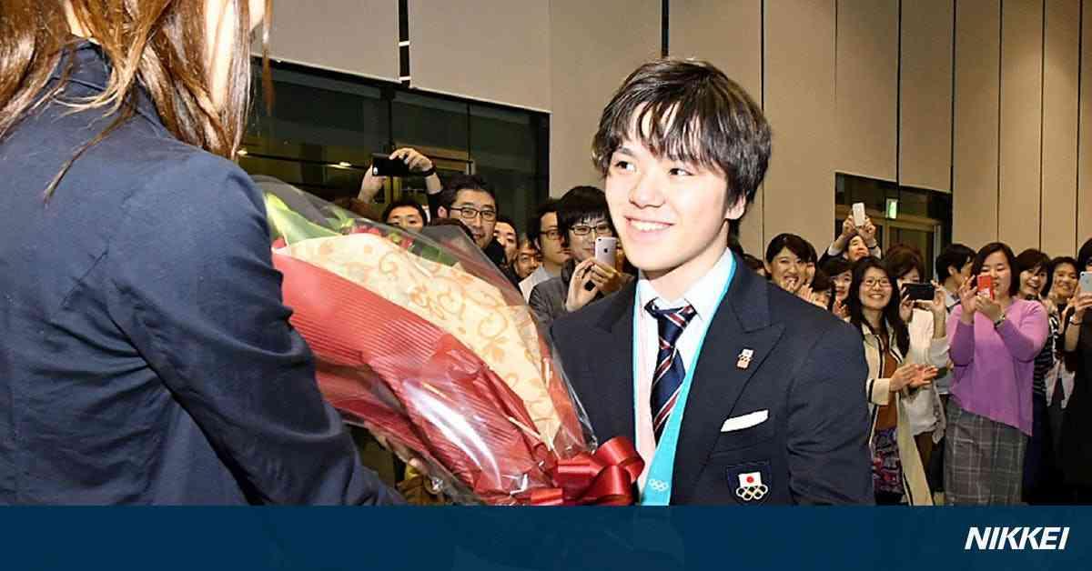 「満足の演技できた」 宇野選手、トヨタ本社で報告: 日本経済新聞
