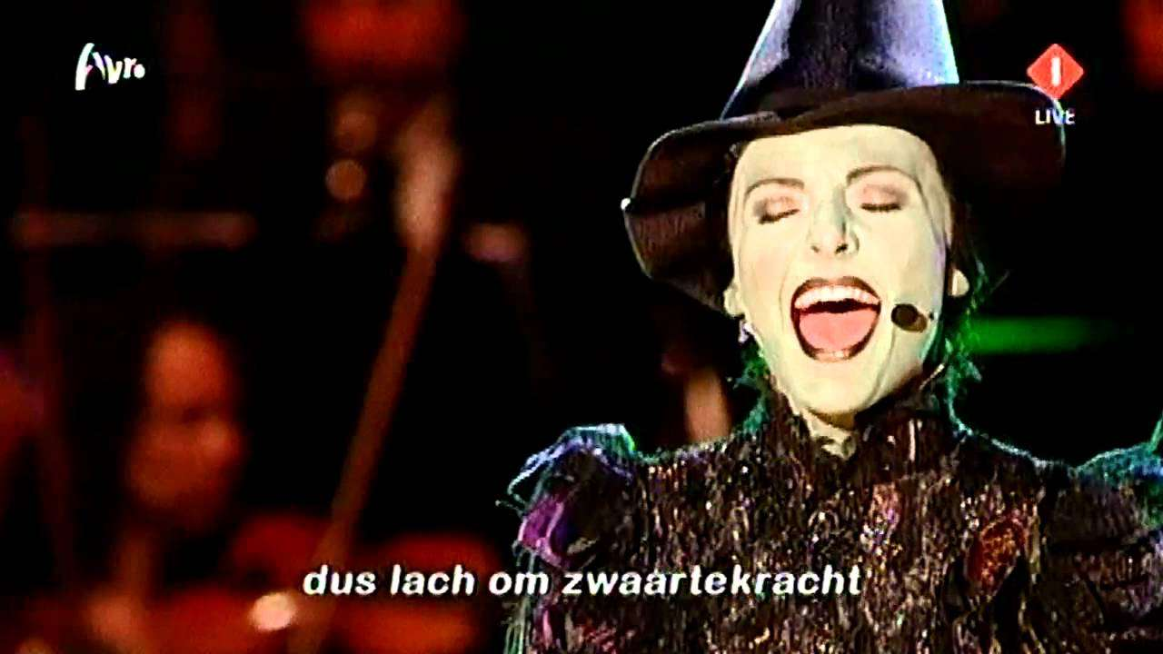 Willemijn Verkaik - Wicked - Defying Gravity / Ik Lach Om Zwaartekracht - YouTube