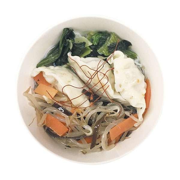 餃子と野菜の中華風春雨スープ|商品情報|ファミリーマート