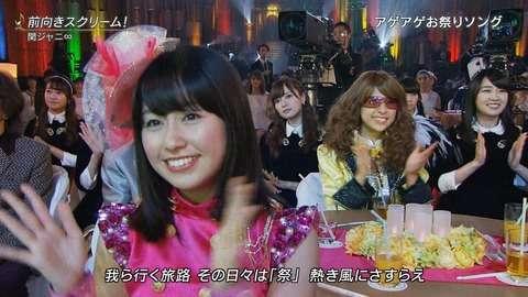 【乃木坂46】関ジャニのライブを見るまいやんと真夏さんが完全に真顔でワロタwwww【2015 FNS歌謡祭】 : 乃木坂46まとめ 1/46