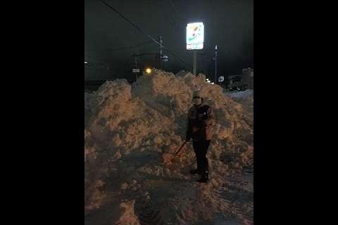 コンビニ24時間、福井豪雪でも短縮なし セブン拒否でオーナー「死ぬかと思った」(弁護士ドットコム) - Yahoo!ニュース