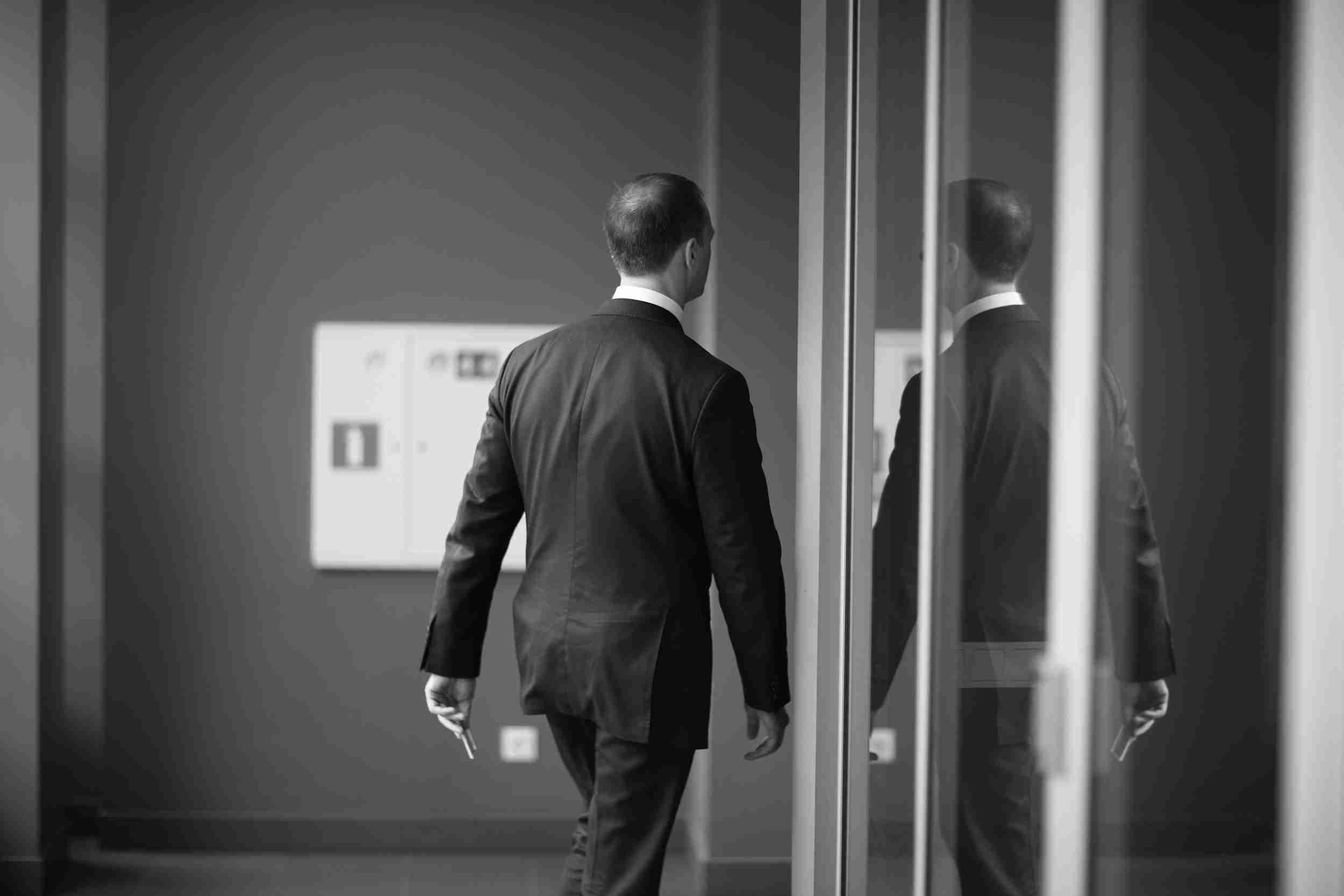 取締役を解任するとき・取締役が解任されそうなとき、それぞれの留意点 完全ガイド