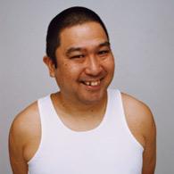 元「たま」の知久寿焼、テレビで「ヒガシマルうどんスープ」フルバージョン生披露にネットざわつく