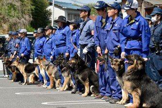 受刑者逃走14日目 警察犬16頭投入するも依然、行方掴めず