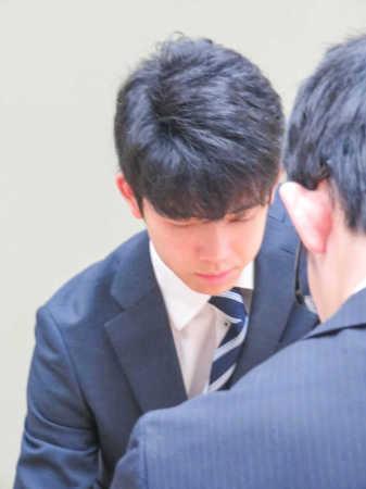 藤井六段 高校生棋士初の対局は白星発進 古森四段に145手で勝利(スポニチアネックス) - Yahoo!ニュース