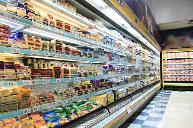 店の食材その場で調理、出来立て「パクッ」と グローサラントが急増中のワケ : J-CASTニュース