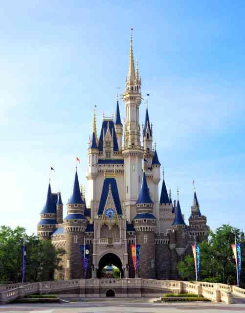 ディズニー、入園者3年ぶり増 ニモのアトラクションで:朝日新聞デジタル