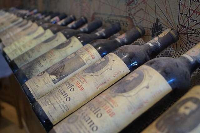 生まれ年や誕生年のお酒・ワインのおすすめと注意点とは