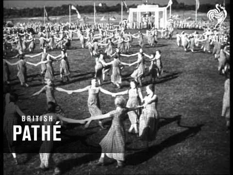 German Youth Display (1940) - YouTube