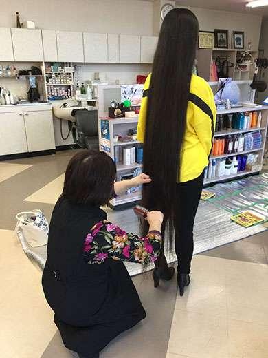 「感謝の気持ちしかない」 ダレノガレ明美、世界一髪の毛が長い女子高生のヘアドネーション参加決意に感激