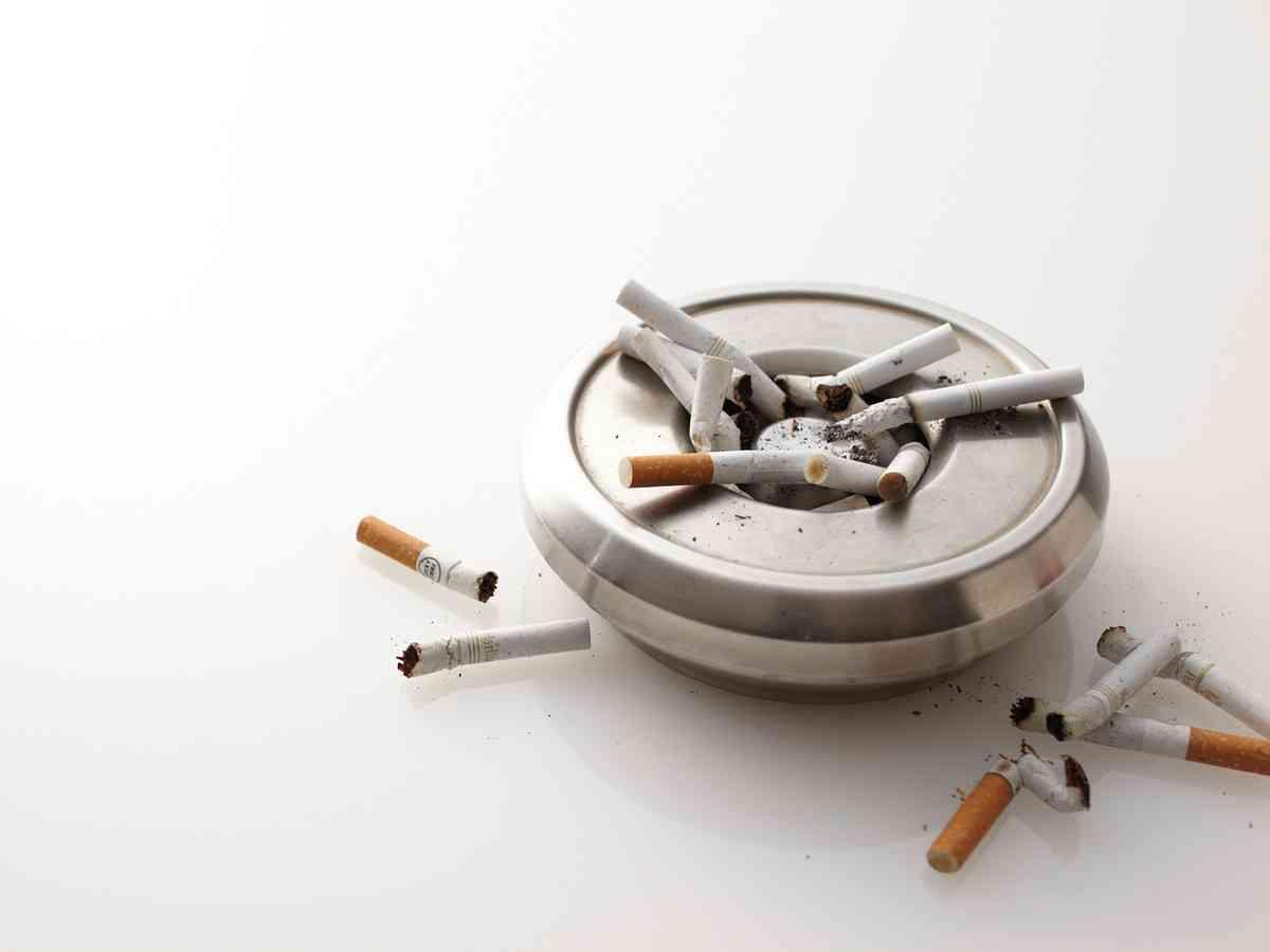 最悪は手足切断…若い喫煙男性を襲うバージャー病とは [タバコ・禁煙] All About