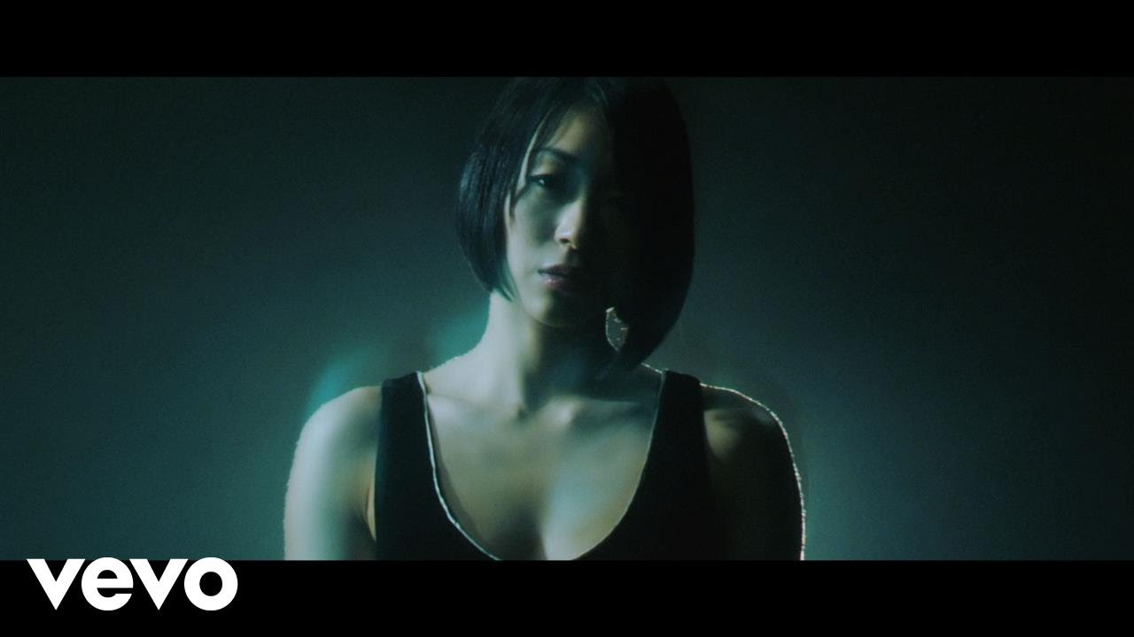 宇多田ヒカル - 忘却 featuring KOHH - YouTube
