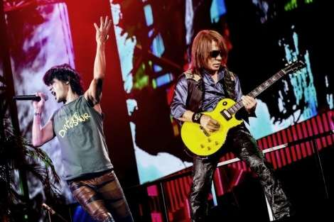 B'z松本孝弘の愛用ギター、SNS情報提供で無事発見 20年ぶり本人の元へ | ORICON NEWS