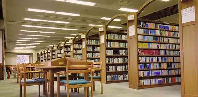 図書館で働いてる方、語りませんか?