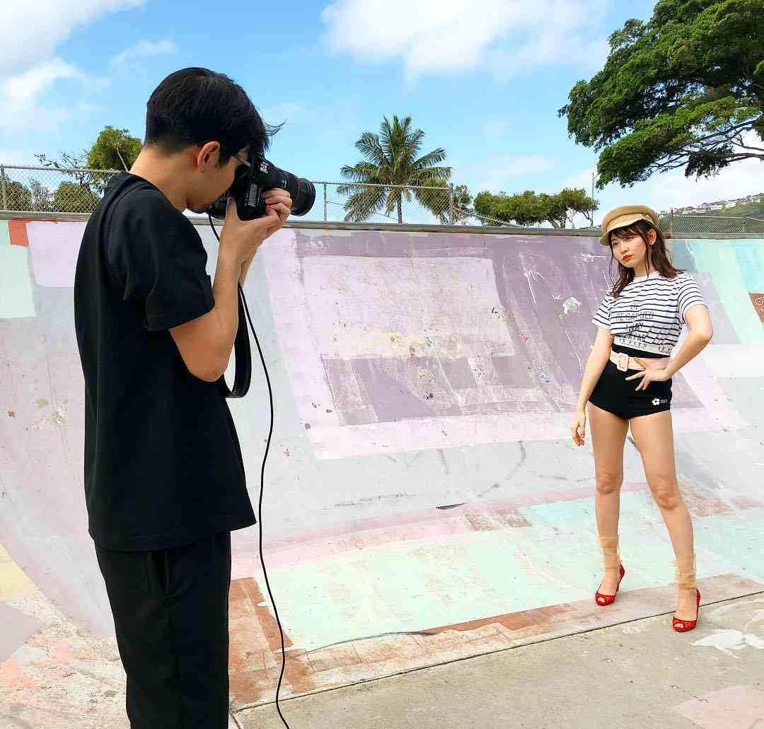 MakikoniksonさんはInstagramを利用しています:「Good morning from Hawaiikai Skate Park!! 朝一カット順調です! 今回のSweet modelは小嶋です! 小嶋は相変わらず誰にも媚びなくて そんな小嶋が大好き!笑