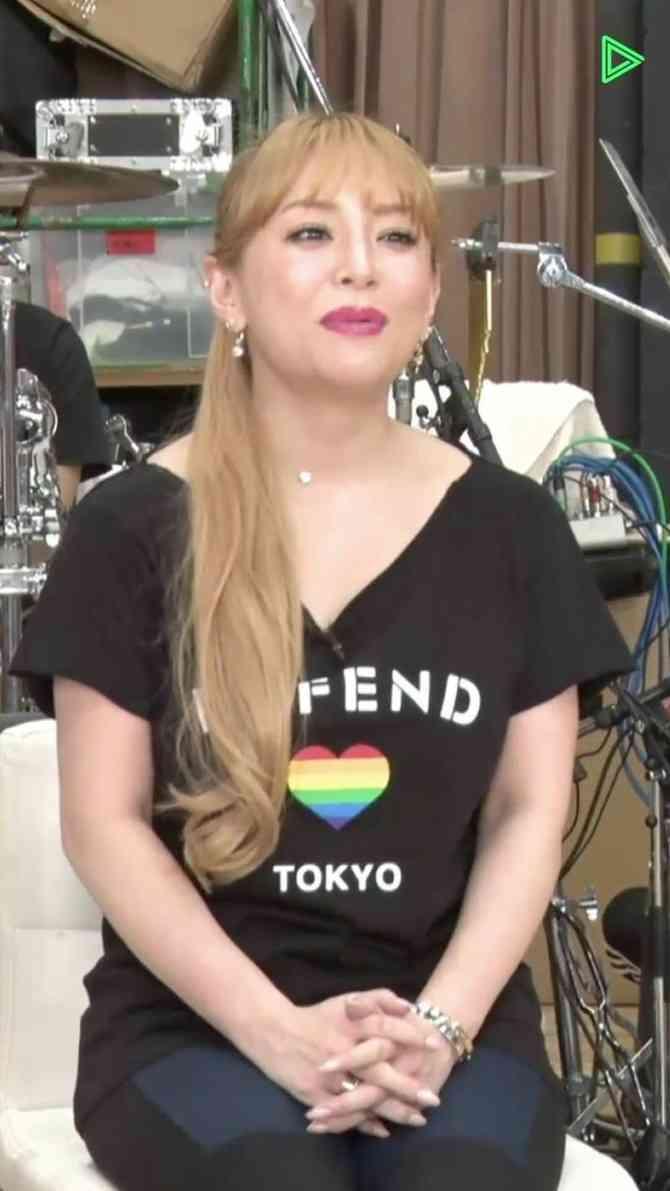 【画像】浜崎あゆみ(39)、渡辺直美(29)と見分けが付かなくなる:暇つぶしニュース