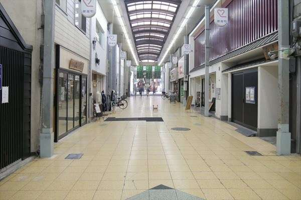 有名店頼りの商店街活性化「無理だった」人気洋菓子店アンリ・シャルパンティエが撤退