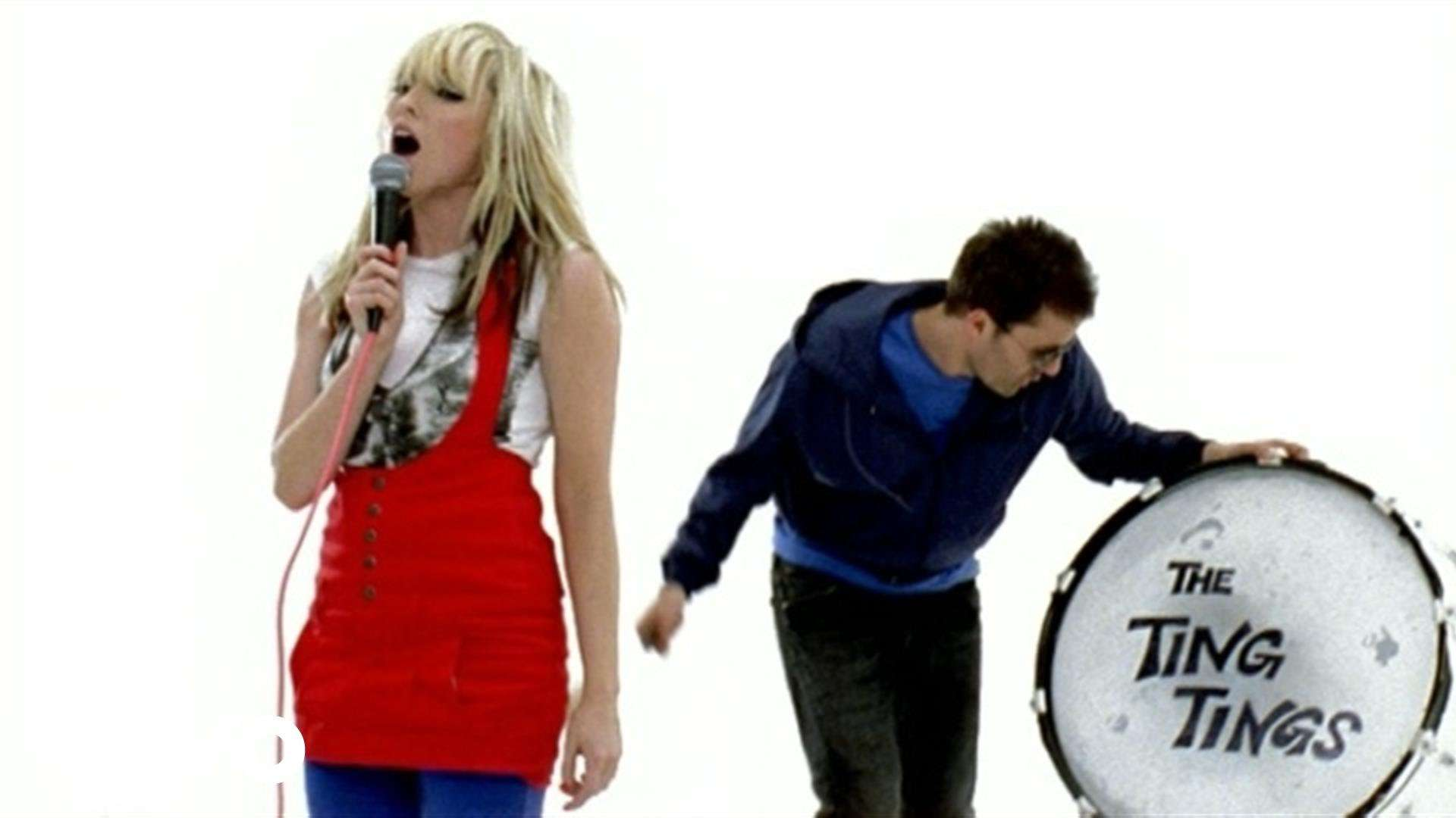 The Ting Tings - That's Not My Name - YouTube