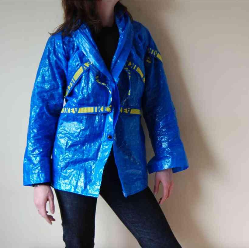 高級ブランド・バレンシアガが100%ポリエチレンのビニールシャツを10万円で販売! 即完売するも客からは批判の声も