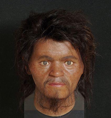 約2万7000年前に生きていた日本人の顔を再現、彫りが深く額は広め