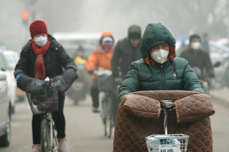 中国の大気汚染、最悪レベル超え…日本国土1.5倍の広範囲で