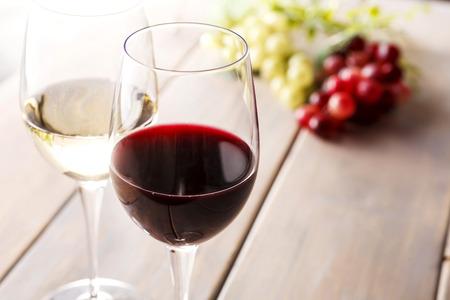 お酒は百薬の長ではなく、ただの毒水? 「アルコールに適量なし」投稿が話題に、ホントのところは? | ニコニコニュース