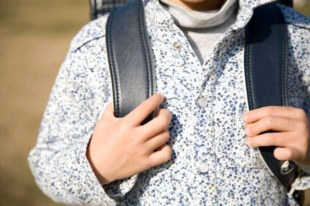 「脱ゆとり」で重くなるランドセル 児童体重の半分に それでも「置き勉」禁止のなぜ