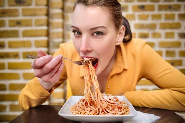 「パスタは食べても太らない」──カナダ研究