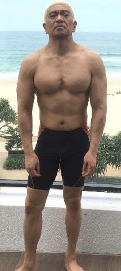 2カ月でこんなに変わるのか! エハラマサヒロ、ぽっちゃり体形から筋肉現る逆三角形のマッチョに仕上がる