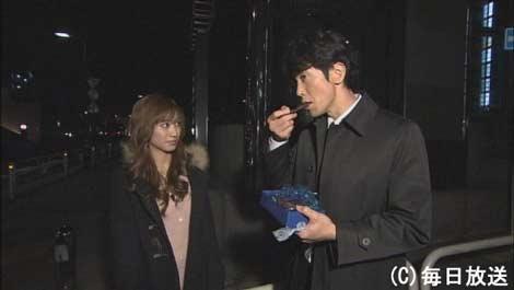 大島麻衣が憧れの俳優・佐々木蔵之介にとっておきのチョコレートで愛の告白 | ORICON NEWS