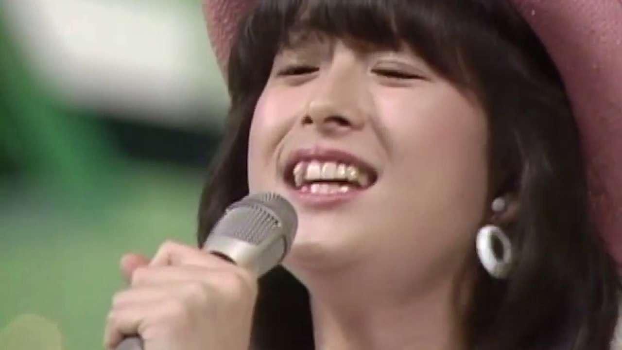 河合奈保子 ストロー・タッチの恋 (1983) - YouTube