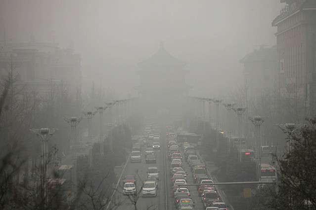 深刻な大気汚染に中国が奇策 西安市に高さ60mの「空気清浄塔」 - ライブドアニュース