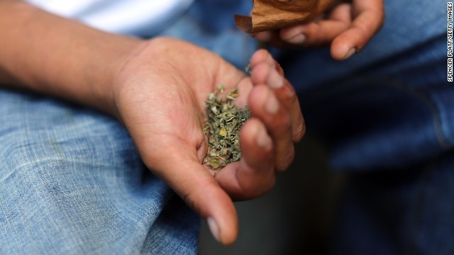 CNN.co.jp : 「偽大麻」で2人死亡、50人超が激しい出血 米イリノイ州