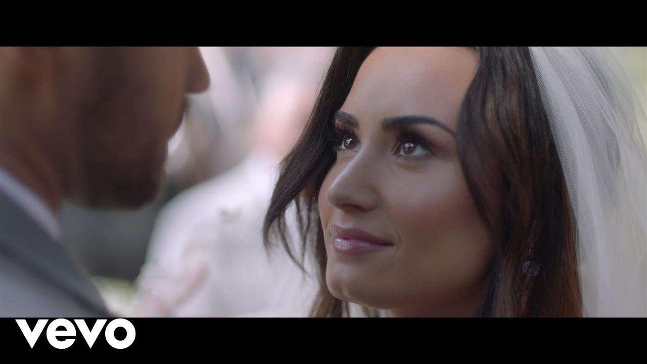 Demi Lovato - Tell Me You Love Me - YouTube