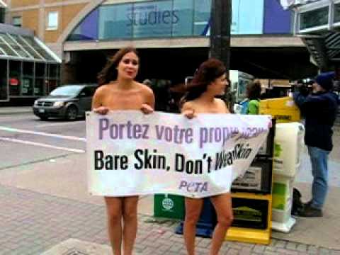 Naked PETA Protesters in Downtown London - YouTube