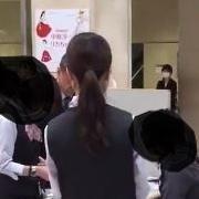 【前代未聞】京都高島屋 転売屋1人が並び屋50人を使い限定100体のSDロリーナを買い占め - NAVER まとめ
