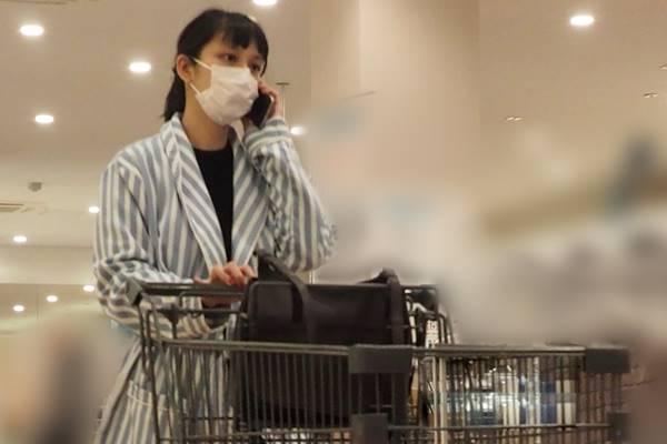 TAKAHIROとの第一子を出産した武井咲 両親らと暮らす1億円の新居